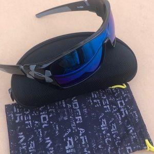 Under Armour Trick sunglasses - Black / blue